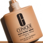 "DIVENTA TESTER DEL FONDOTINTA ""EVEN BETTER GLOW"" DI CLINIQUE"